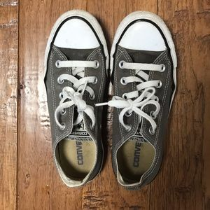 Low top gray/brown converse women's size 5.5